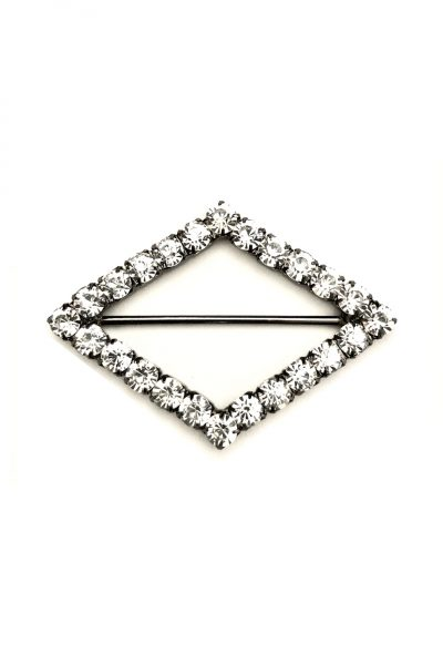Diamond shaped diamante buckle